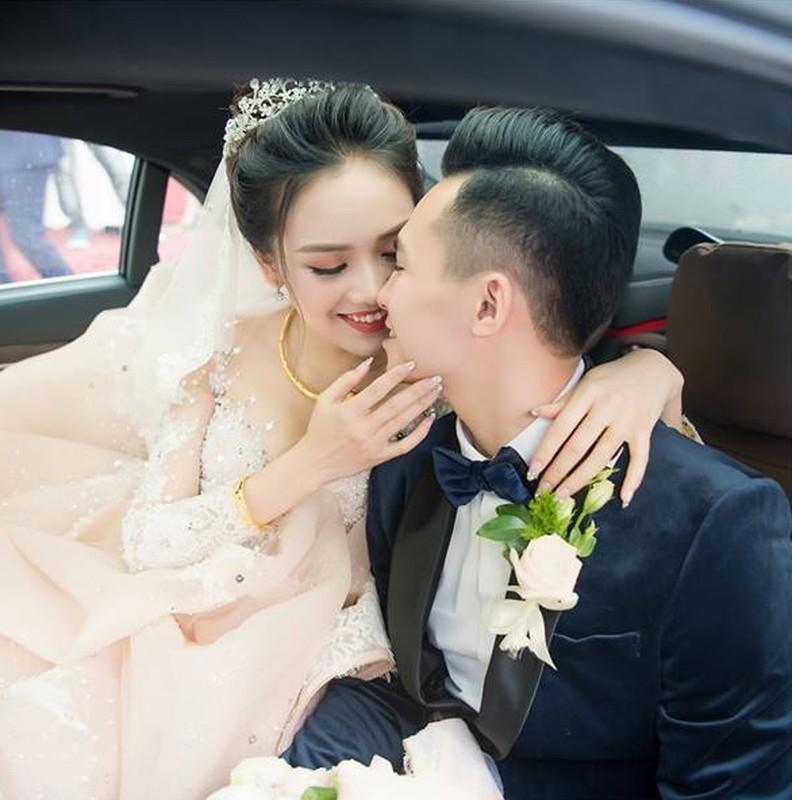 Cuoc song cua hotboy canh sat sau 3 nam cuoi top 10 Hoa Hau Viet Nam-Hinh-3