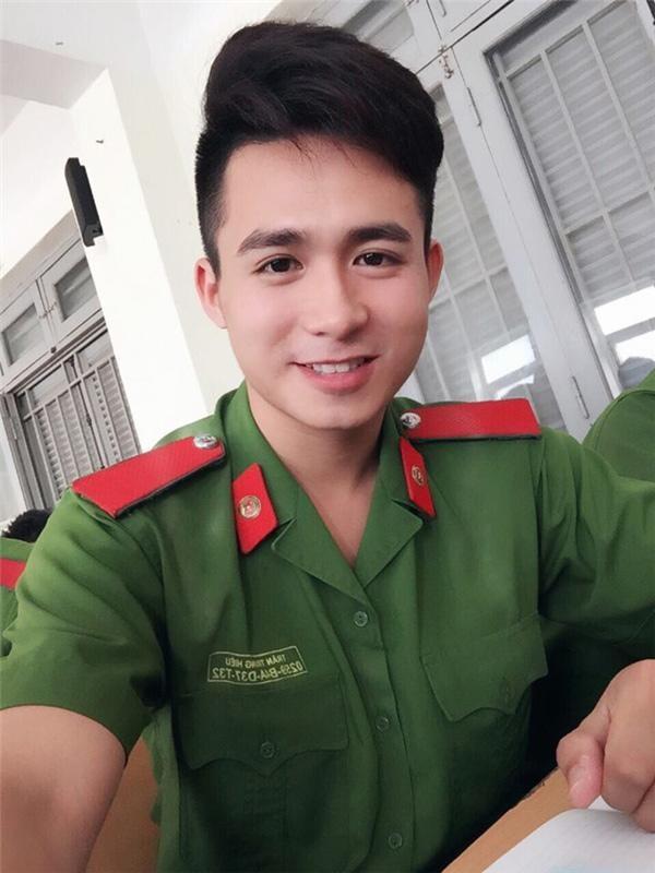 Cuoc song cua hotboy canh sat sau 3 nam cuoi top 10 Hoa Hau Viet Nam