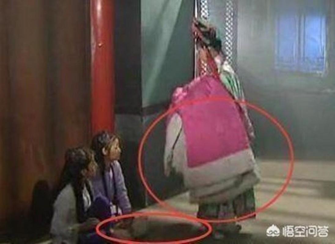 16 loi sai trong Hoan Chau Cach Cach ma 22 nam truoc chang ai phat hien-Hinh-25