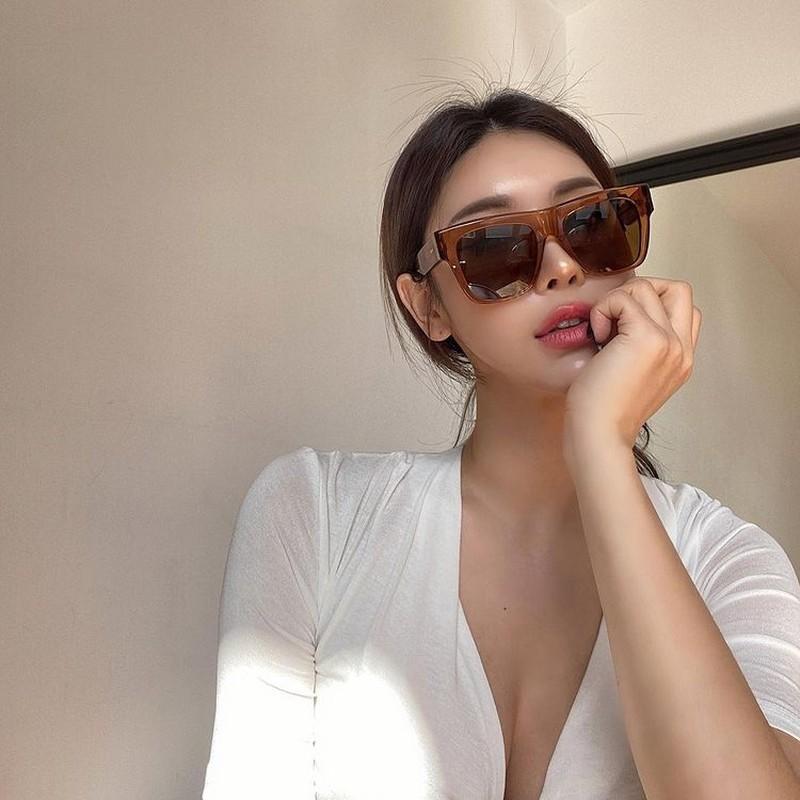 Nguoi mau noi y Han Quoc co lan da nau khoe khoan-Hinh-5