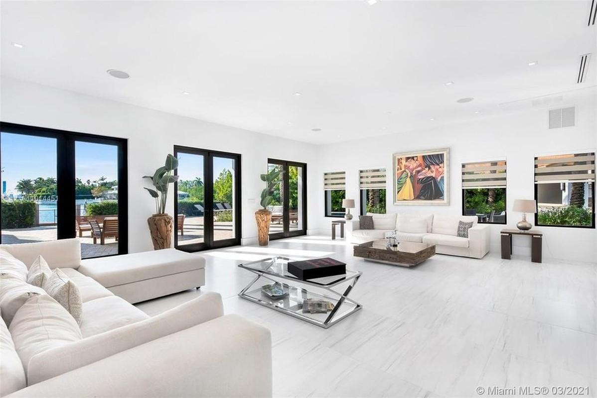Biet thu gia thue 130.000 USD/thang cua Ben Affleck va Jennifer Lopez-Hinh-3