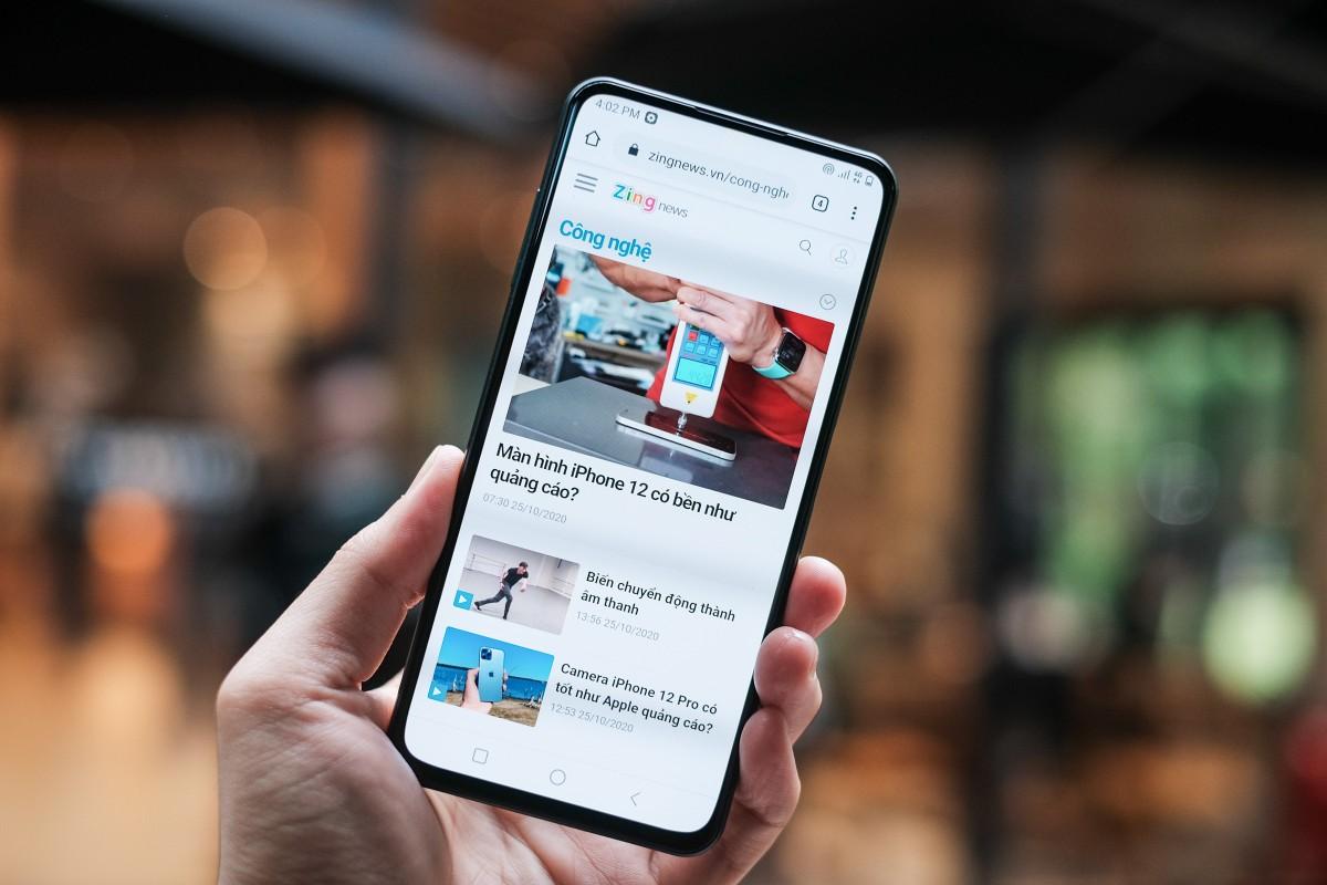 iPhone XR va loat smartphone dang duoc giam gia tai Viet Nam-Hinh-6
