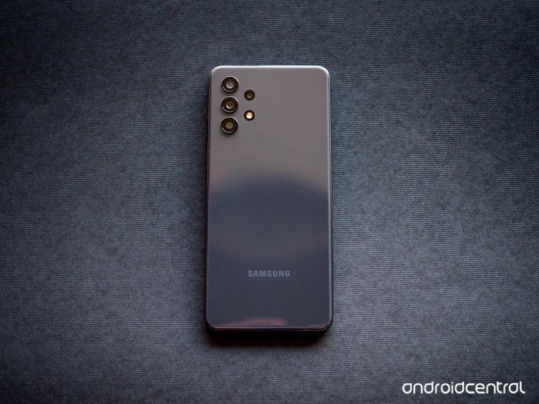 Loat smartphone duoi 10 trieu dang mua hien nay-Hinh-3
