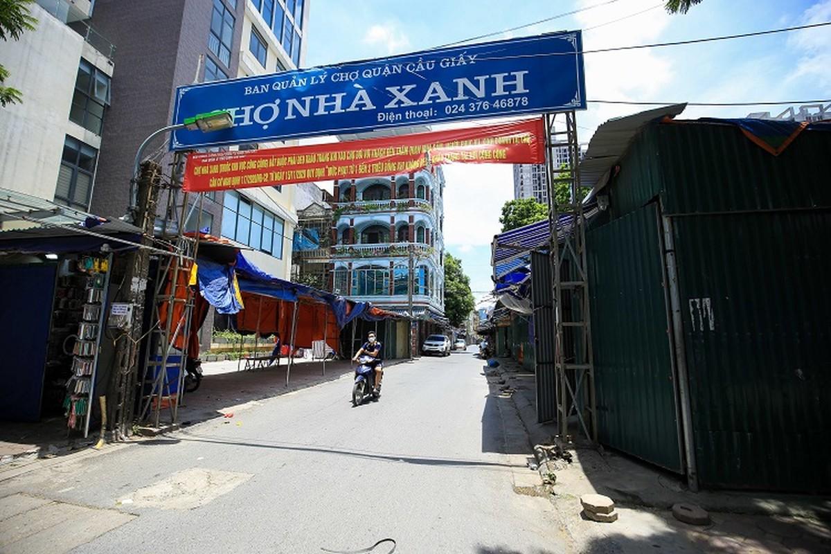 """Cảnh tượng lạ chưa từng thấy tại """"siêu chợ sinh viên"""" lớn nhất Hà Nội - 1"""