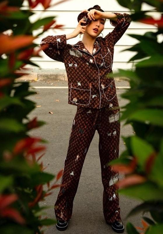 Ha Ho, Le Quyen mac do ngu pyjama thoi ma nhin gia ma hoang-Hinh-4