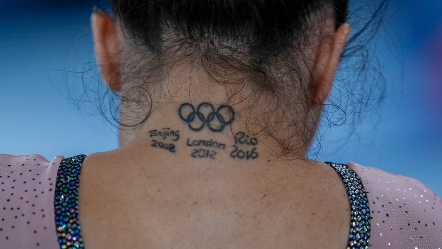 VDV thoai mai khoe hinh xam tai Olympic Tokyo