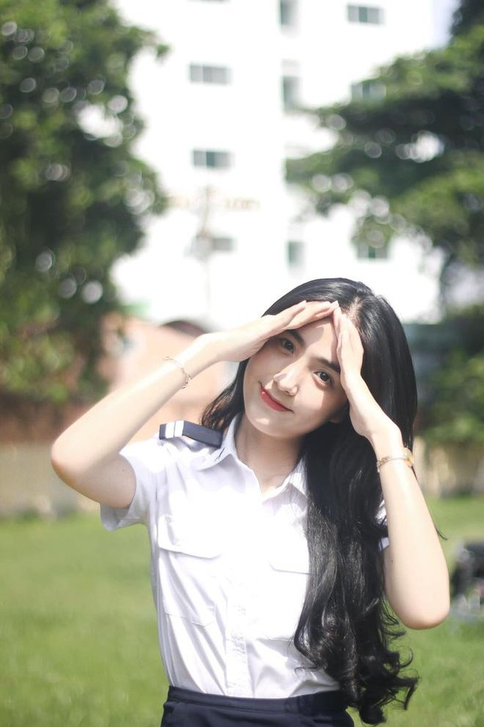 Dan hot girl sac nuoc huong troi cua Hoc vien Hang khong