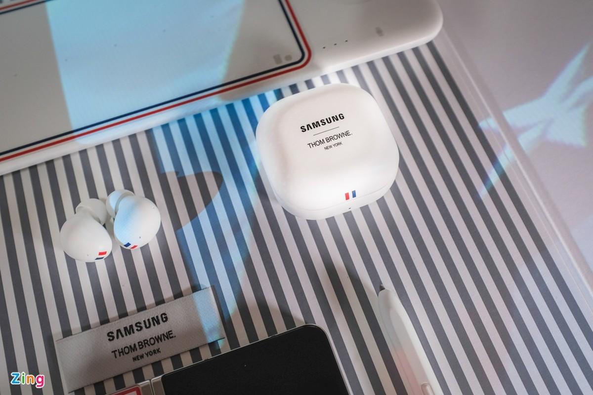 Chi tiet Galaxy Z Fold3 Thom Browne Edition, gia 84 trieu dong-Hinh-16
