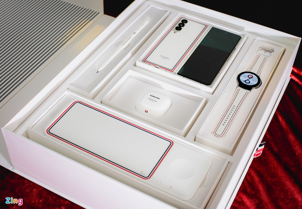 Chi tiet Galaxy Z Fold3 Thom Browne Edition, gia 84 trieu dong-Hinh-18