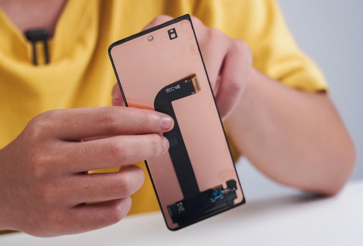 Cach bo tri linh kien ben trong Galaxy Z Fold3-Hinh-10