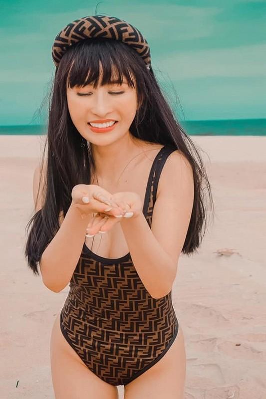 Vo 2 Minh Nhua khoe body muot mat voi bikini-Hinh-4