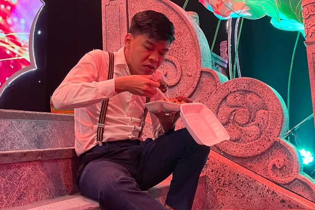 """Tao Y te"" Van Dung khoe anh doi thuong xinh dep-Hinh-5"