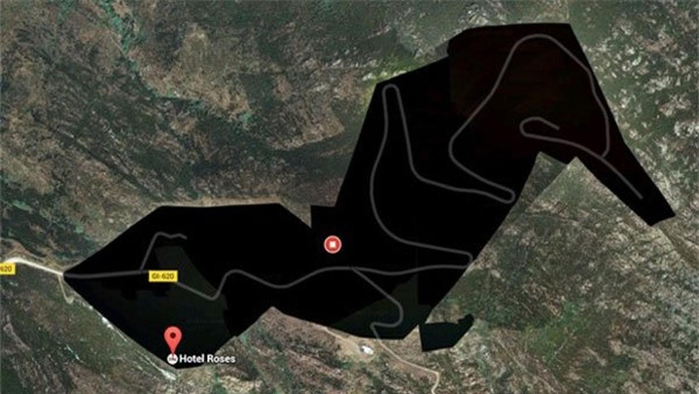 Bi mat dong troi sau 5 dia danh bi lam mo tren Google Maps-Hinh-2