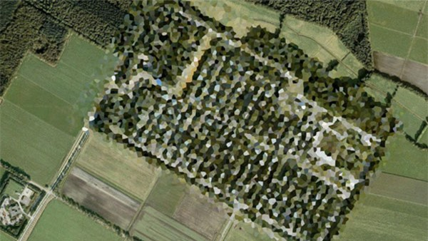 Bi mat dong troi sau 5 dia danh bi lam mo tren Google Maps-Hinh-3