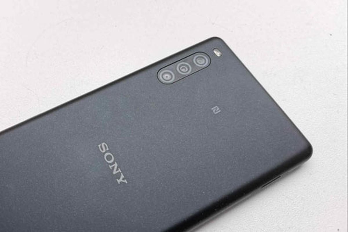 Me man ngam tu goc canh cua Sony Xperia L4 vua xuat hien-Hinh-5