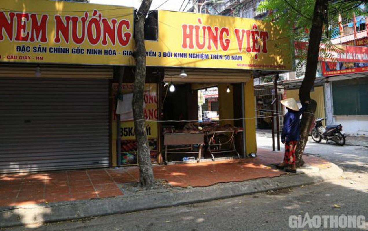 Nguoi Ha Noi den nha hang, tiem nail mua rau cu ngay gian cach-Hinh-5