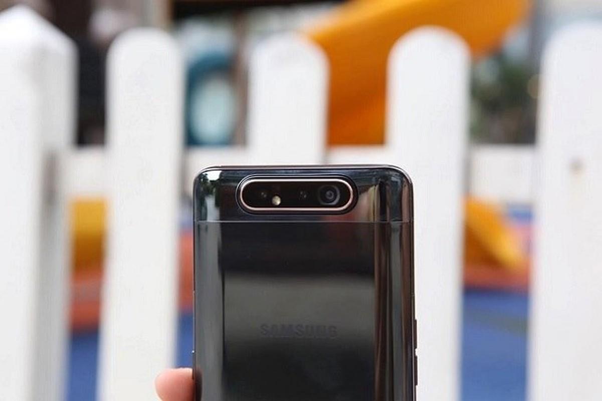 Tren tay Samsung Galaxy A80 co camera truot xoay-Hinh-3