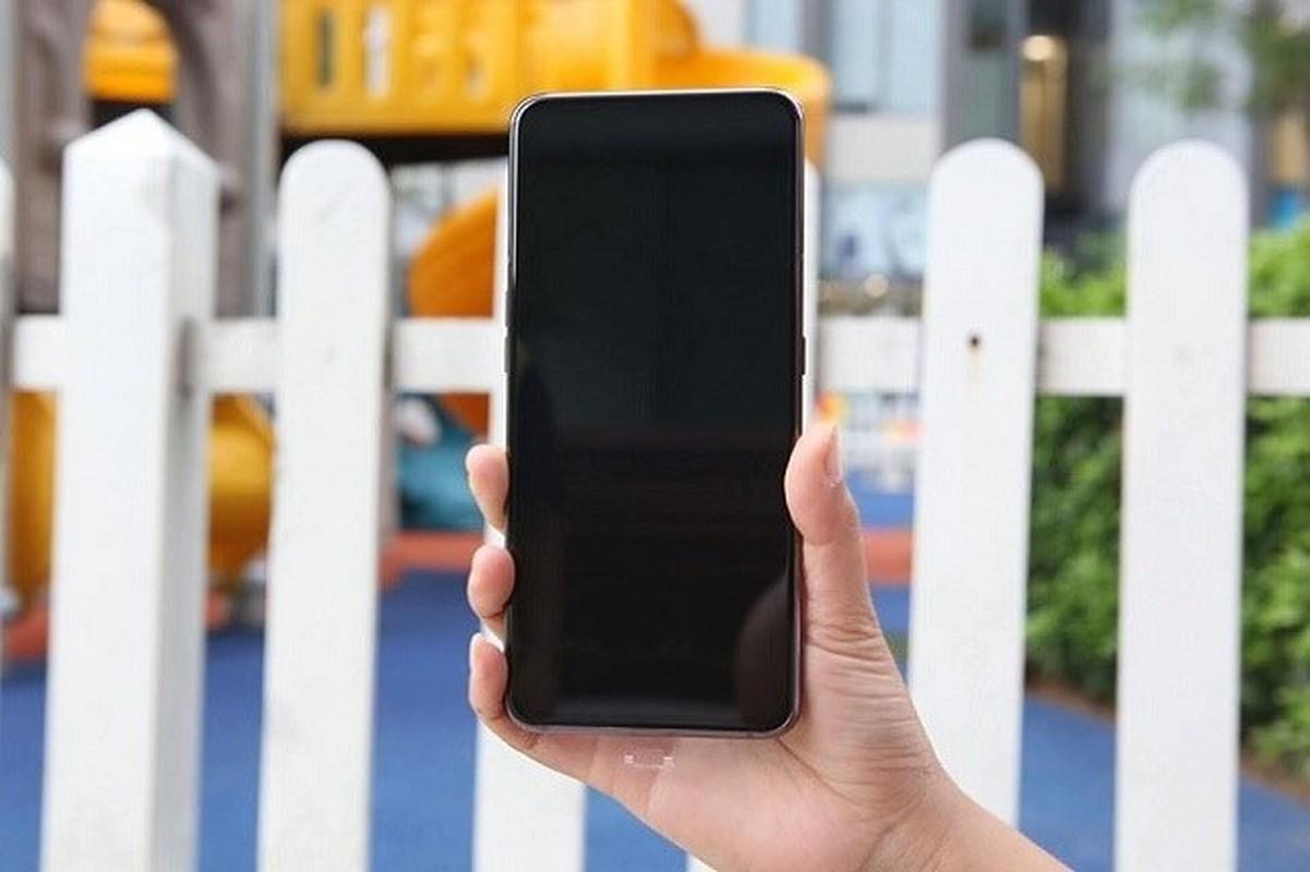 Tren tay Samsung Galaxy A80 co camera truot xoay-Hinh-4