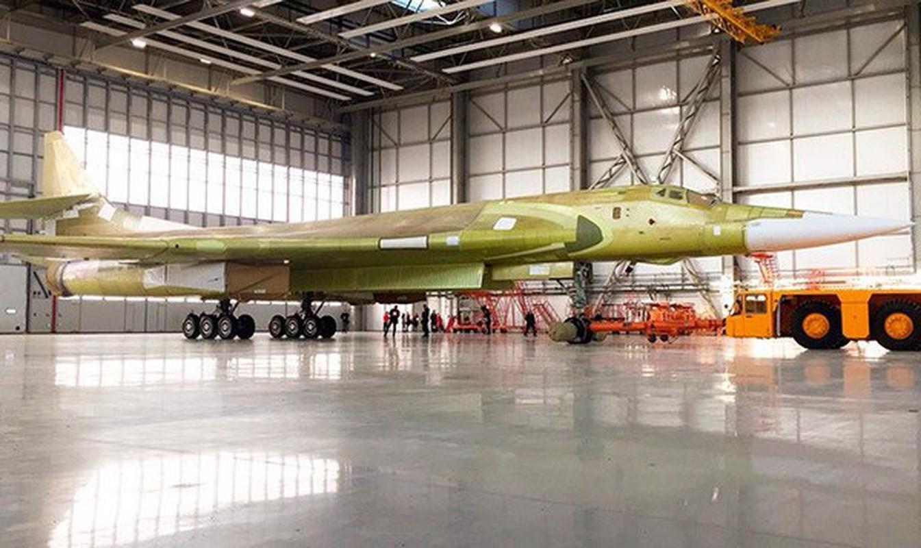 Sieu oanh tac co Tu-160M2 cua Nga sap hoan thien, san sang cat canh-Hinh-10