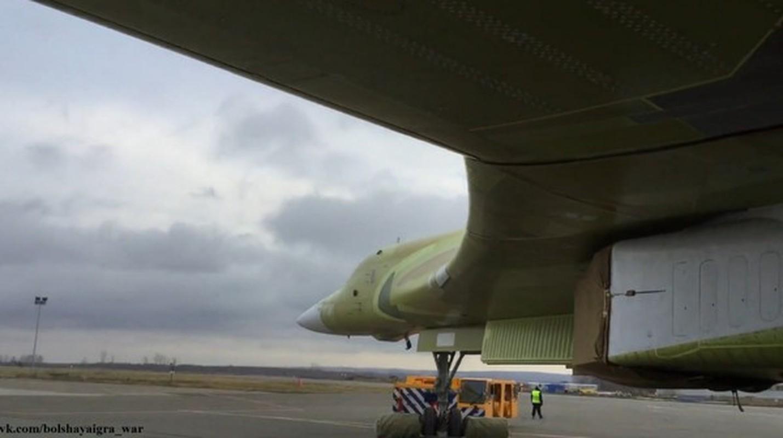 Sieu oanh tac co Tu-160M2 cua Nga sap hoan thien, san sang cat canh-Hinh-11