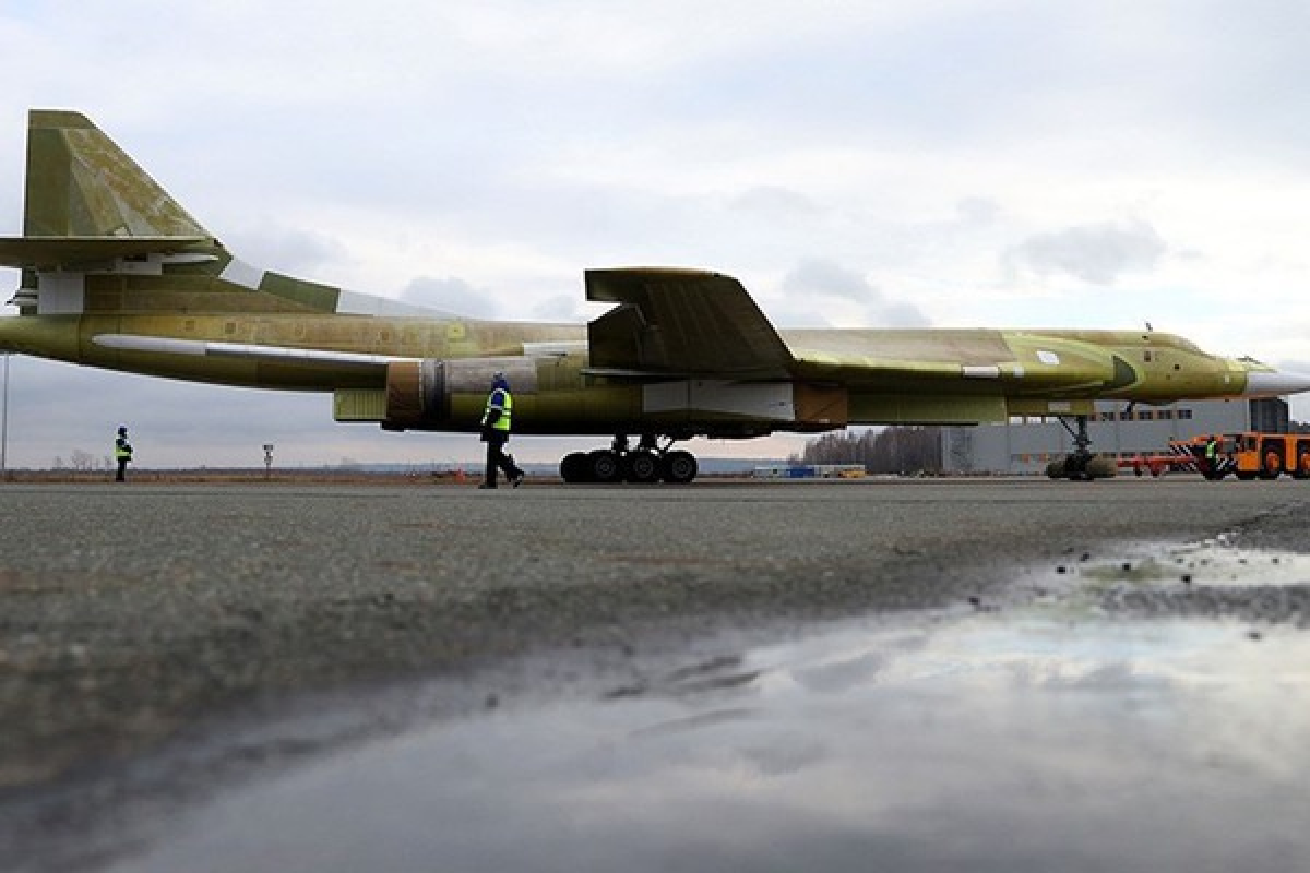 Sieu oanh tac co Tu-160M2 cua Nga sap hoan thien, san sang cat canh-Hinh-14