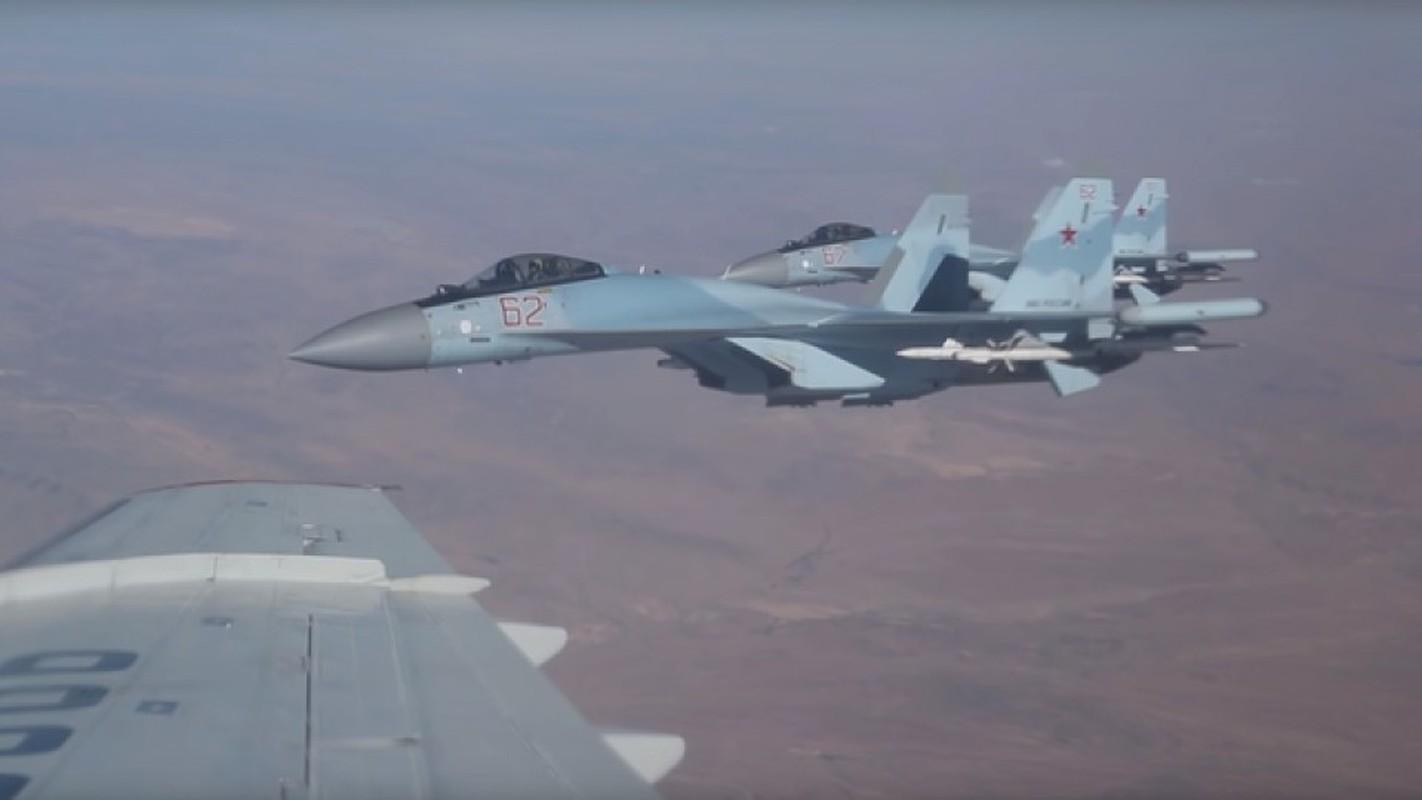 Su-35 Nga dong loat xuat kich chan may bay Israel, bao ve Syria?-Hinh-2