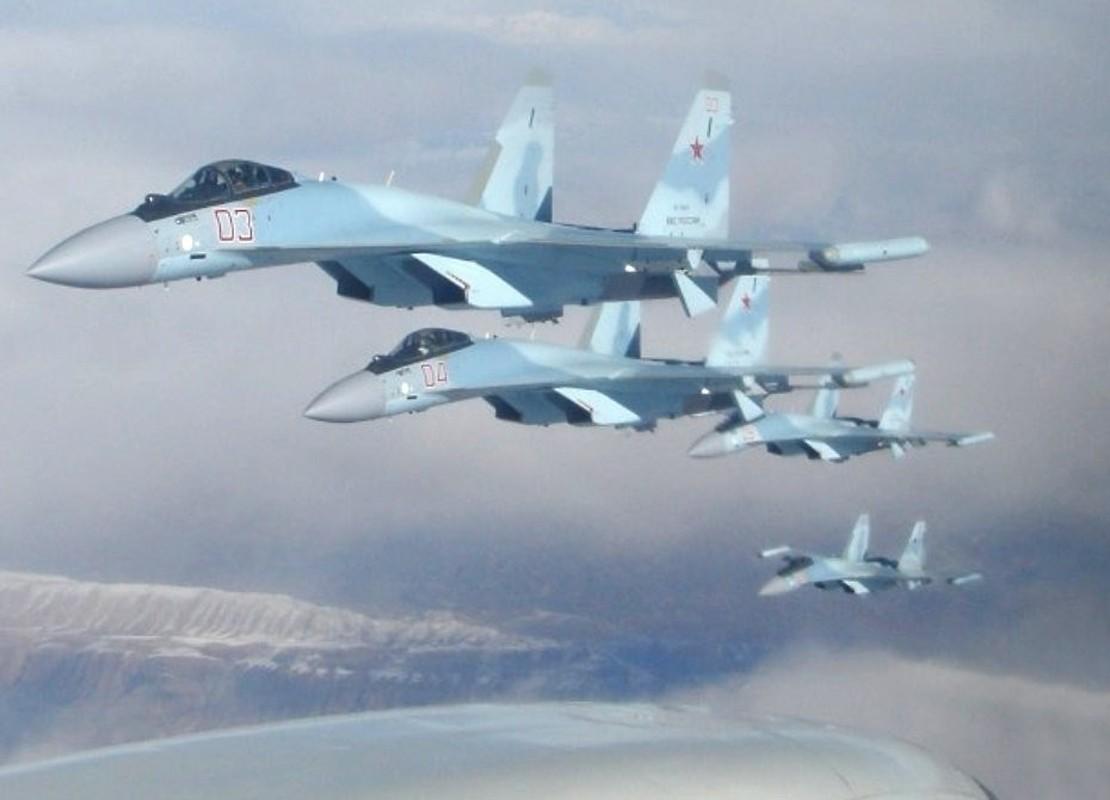 Su-35 Nga dong loat xuat kich chan may bay Israel, bao ve Syria?-Hinh-3