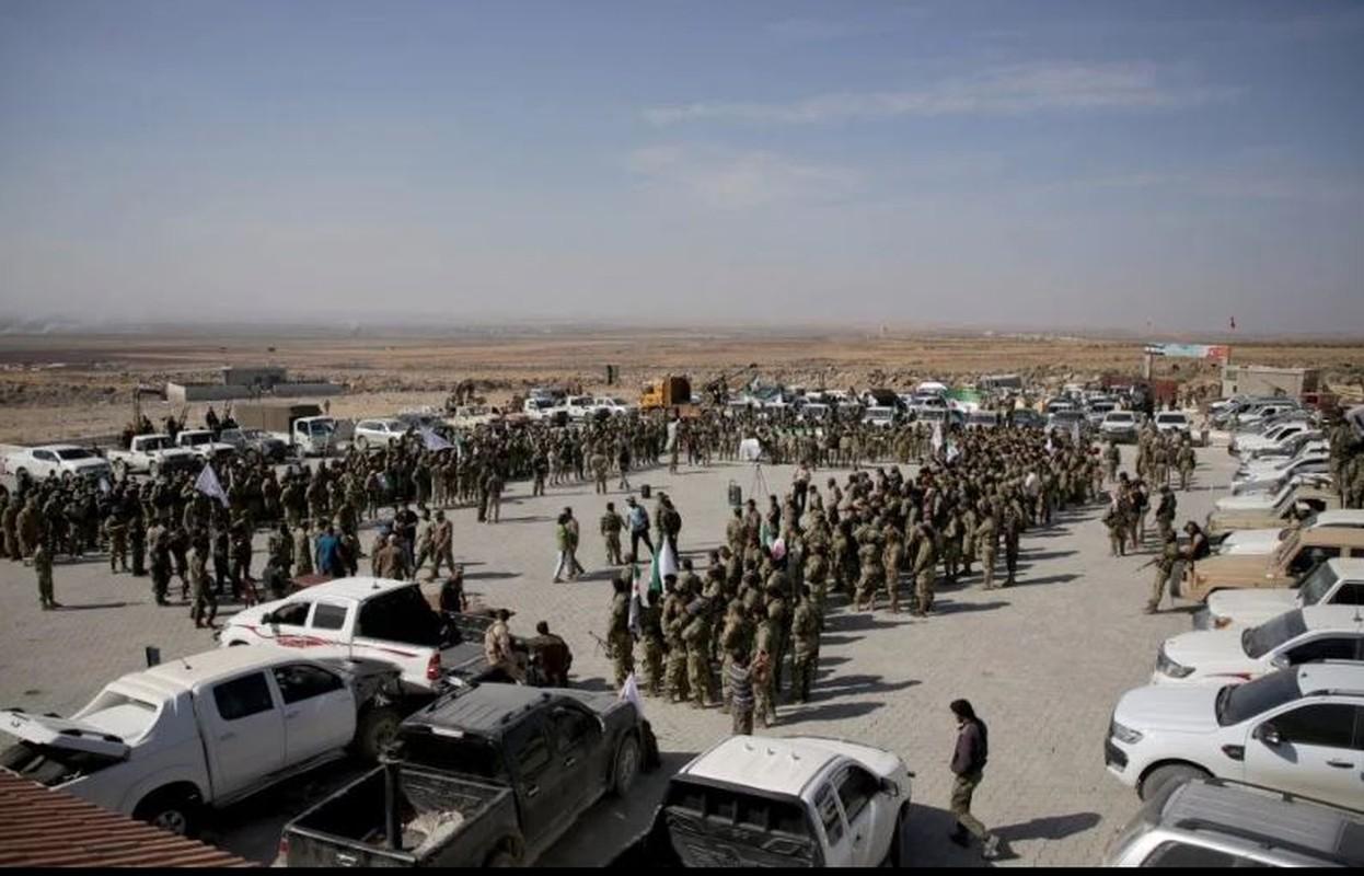 Canh tuong khoc liet khi biet kich Tho Nhi Ky tan cong nguoi Kurd-Hinh-11