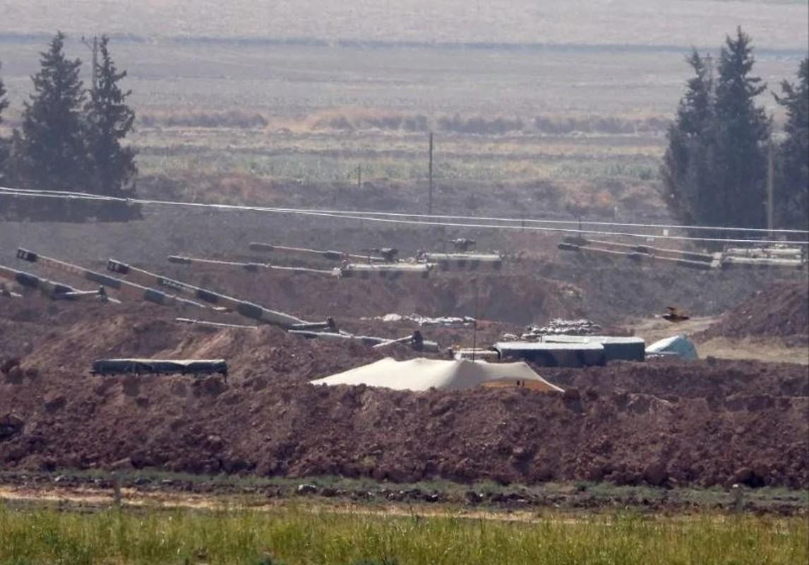 Canh tuong khoc liet khi biet kich Tho Nhi Ky tan cong nguoi Kurd-Hinh-14