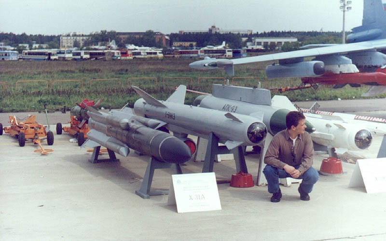 Vu khi moi cua Ukraine vuot mat ten lua Kh-31 khien Nga lo so-Hinh-9