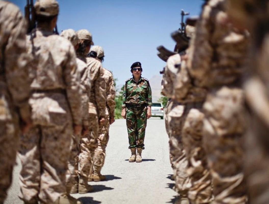 Tu IS den quan Tho, nu chien binh nguoi Kurd luon la noi am anh-Hinh-12