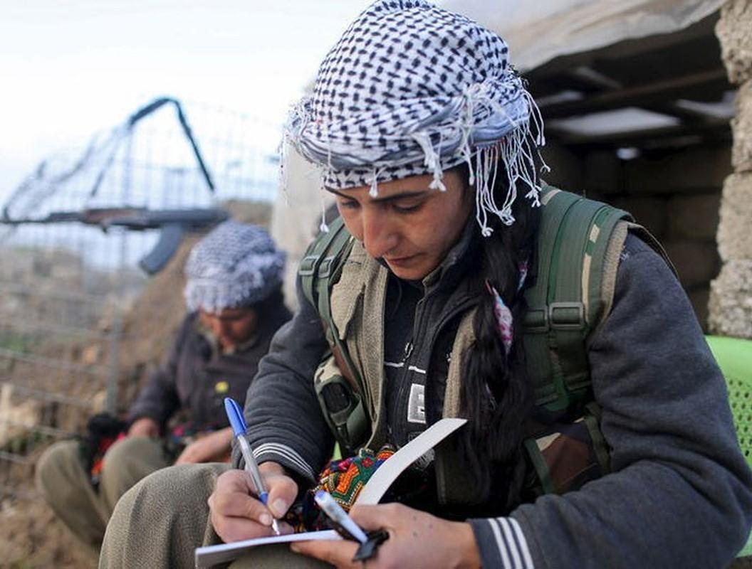 Tu IS den quan Tho, nu chien binh nguoi Kurd luon la noi am anh-Hinh-18
