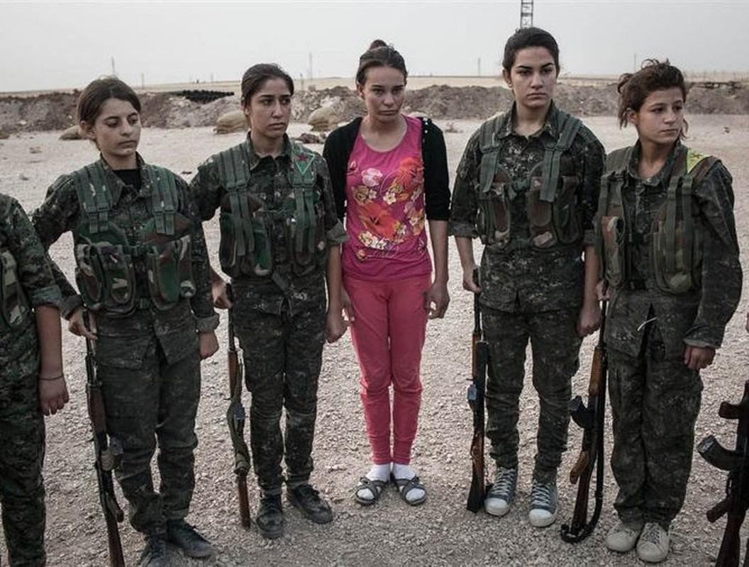 Tu IS den quan Tho, nu chien binh nguoi Kurd luon la noi am anh-Hinh-21