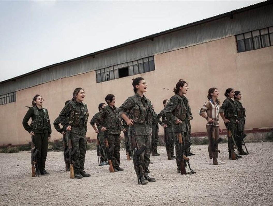 Tu IS den quan Tho, nu chien binh nguoi Kurd luon la noi am anh-Hinh-24