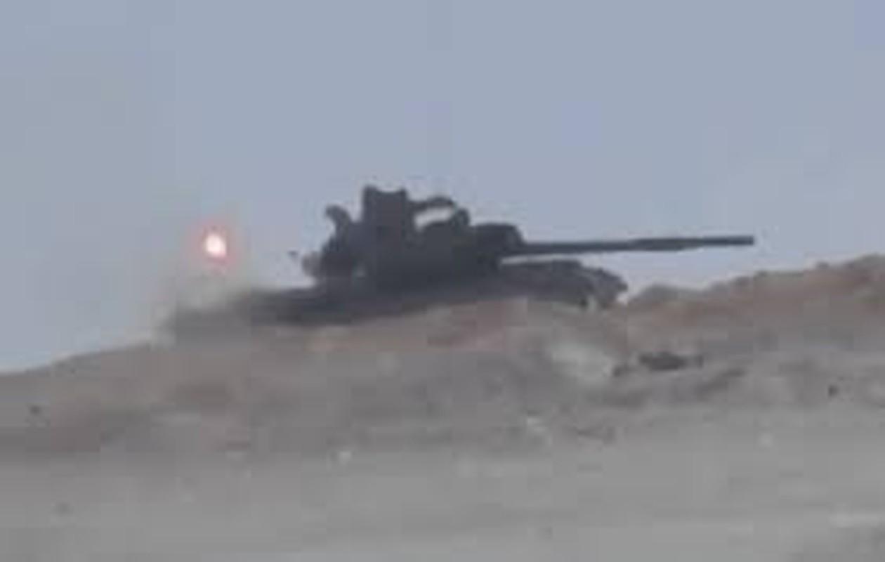 Xe tang T-62M cua Nga tan tanh o chien truong Idlib, Latakia-Hinh-8