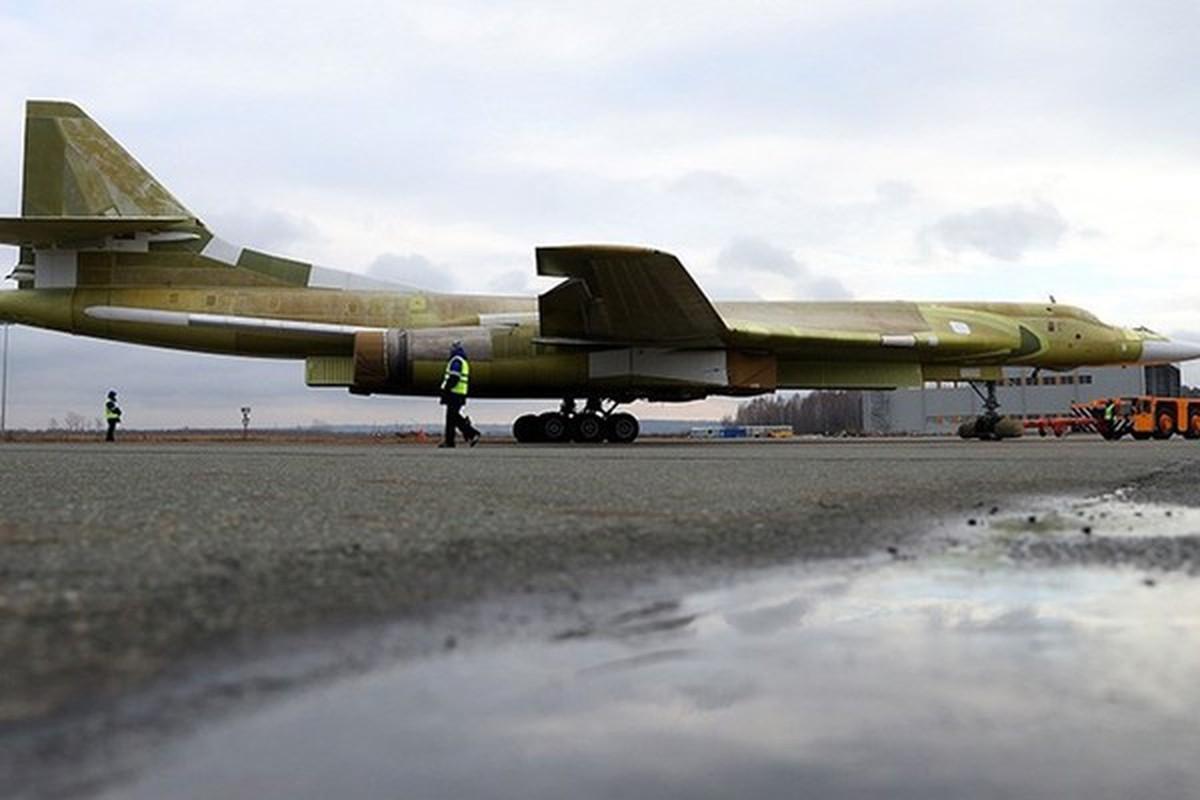 Can canh khoang dong co cuc khung cua sieu oanh tac co Tu-160M2-Hinh-12