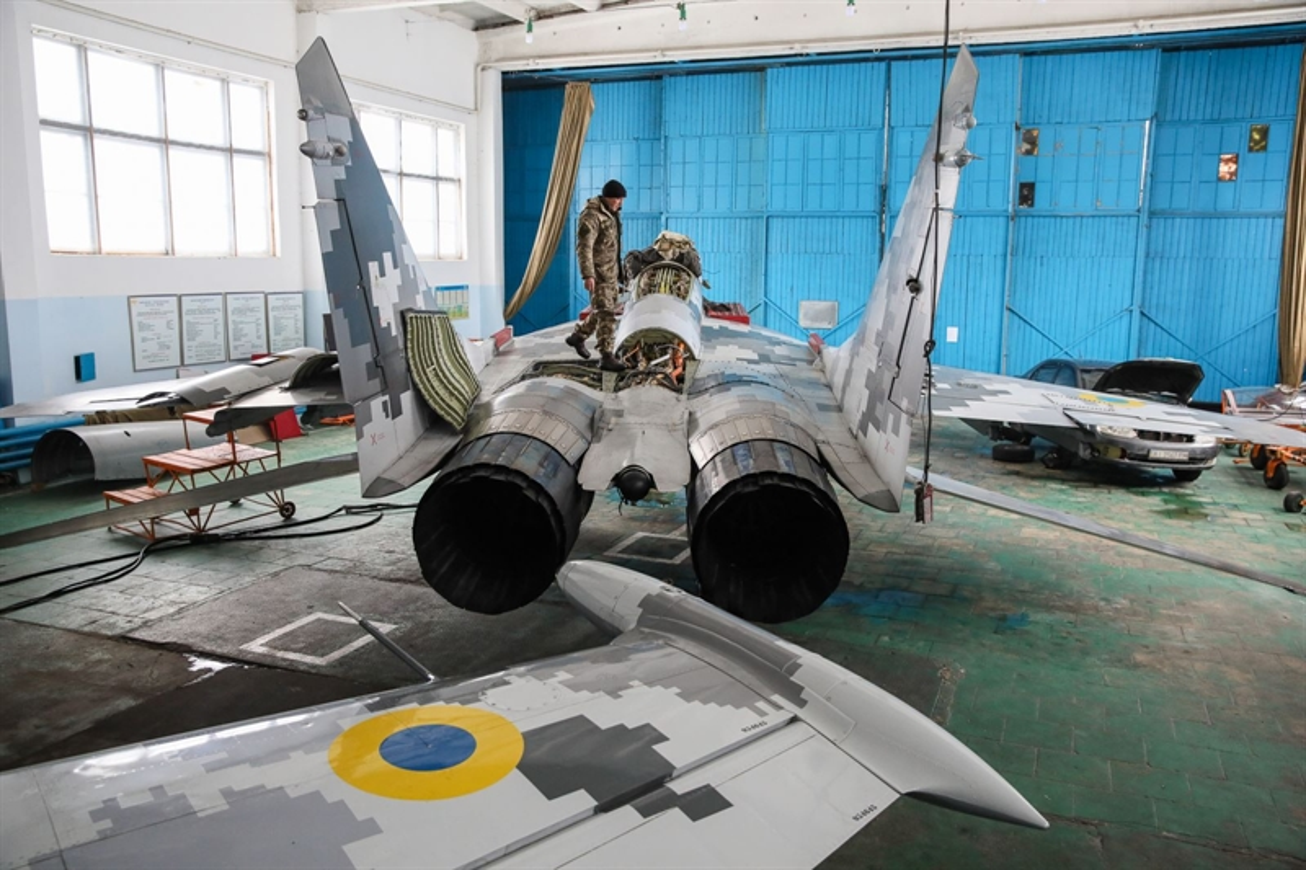 Khong quan Ukraine nhan lo tiem kich MiG-29 chuan NATO dau tien-Hinh-5