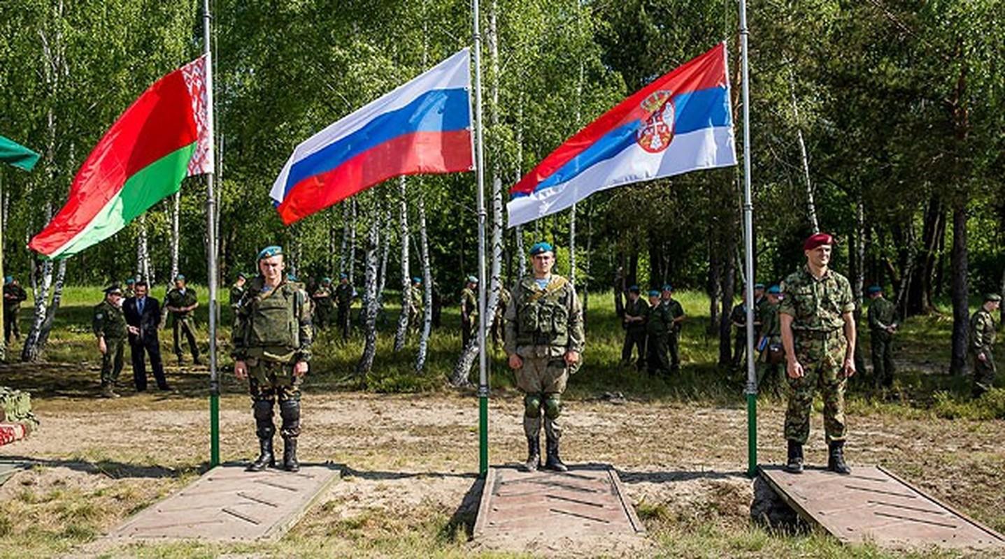 Chan dong: Tuyen bo tap tran voi NATO, tong tham muu truong quan doi Belarus bi cach chuc-Hinh-15