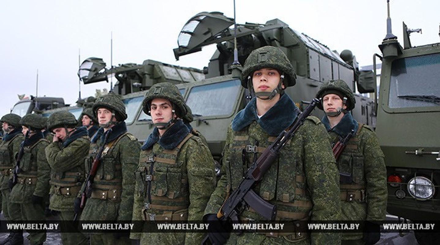 Chan dong: Tuyen bo tap tran voi NATO, tong tham muu truong quan doi Belarus bi cach chuc-Hinh-4