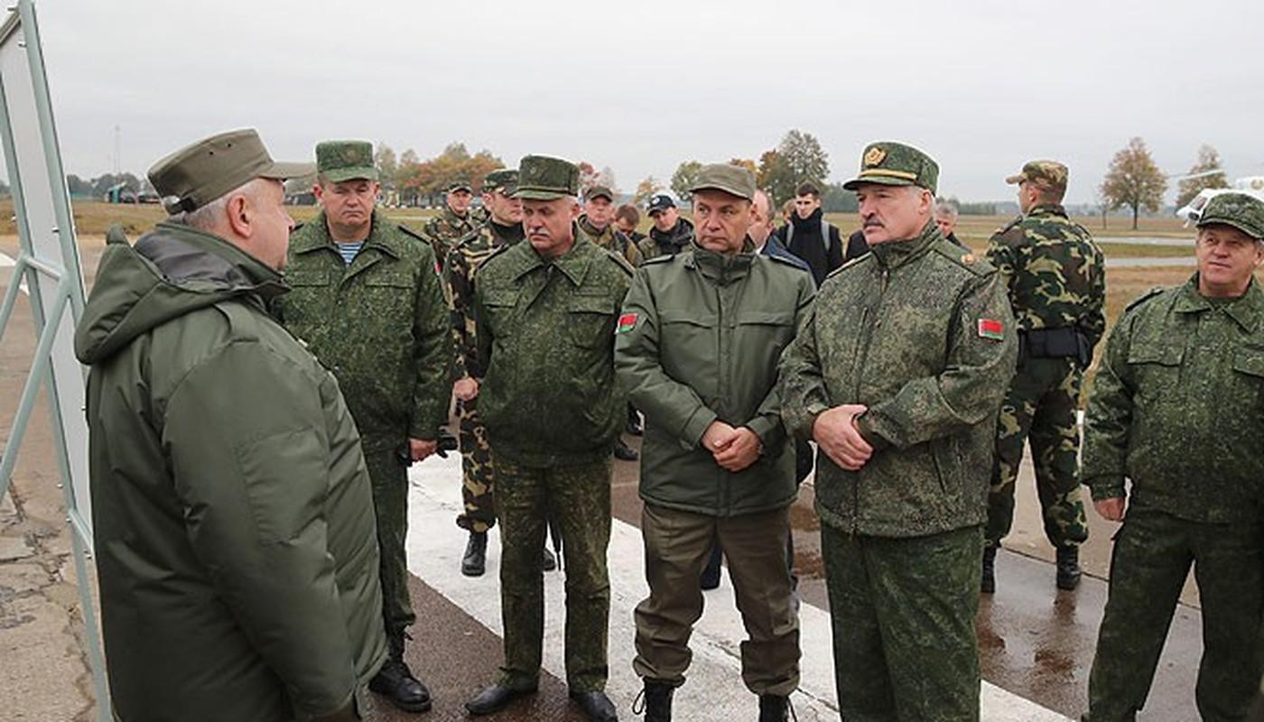 Chan dong: Tuyen bo tap tran voi NATO, tong tham muu truong quan doi Belarus bi cach chuc-Hinh-6