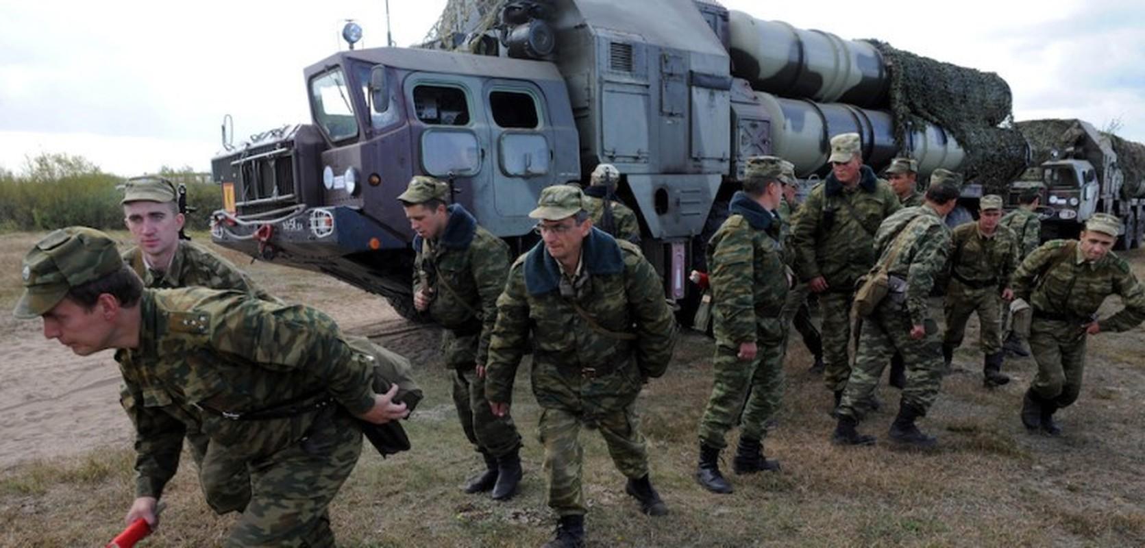 Chan dong: Tuyen bo tap tran voi NATO, tong tham muu truong quan doi Belarus bi cach chuc-Hinh-7
