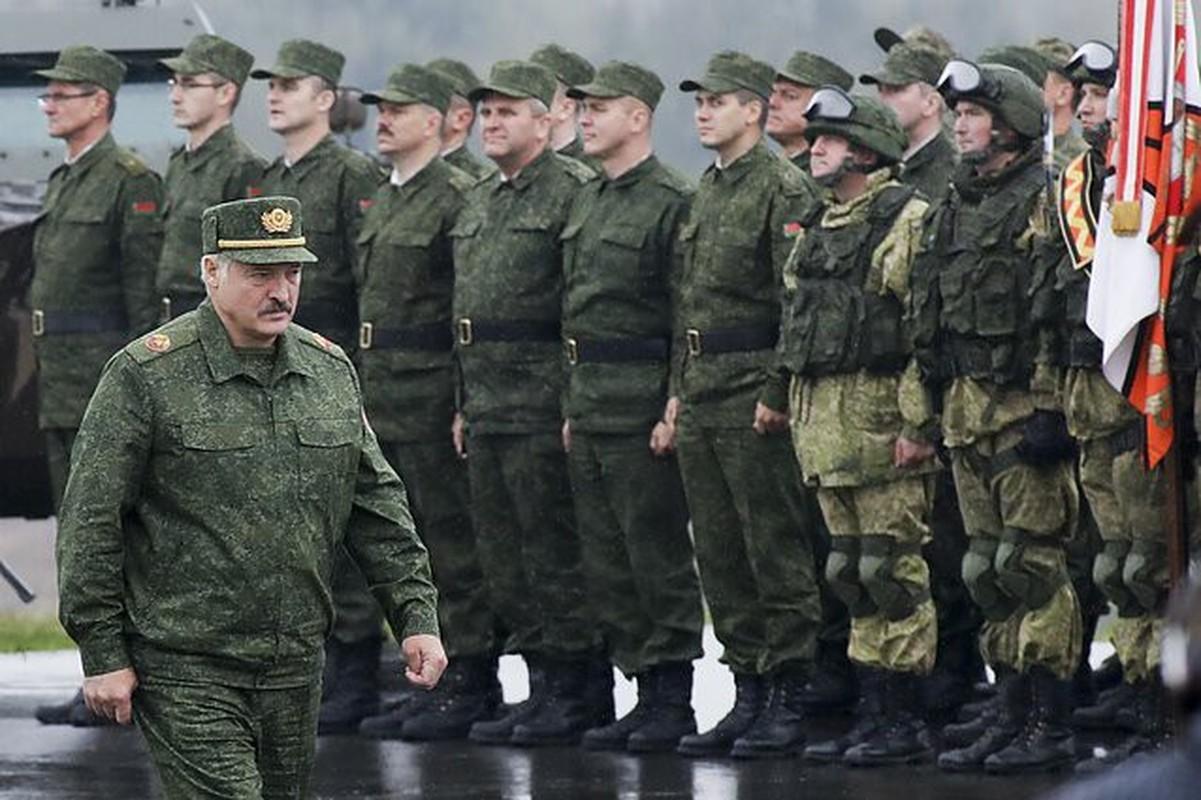 Chan dong: Tuyen bo tap tran voi NATO, tong tham muu truong quan doi Belarus bi cach chuc-Hinh-9