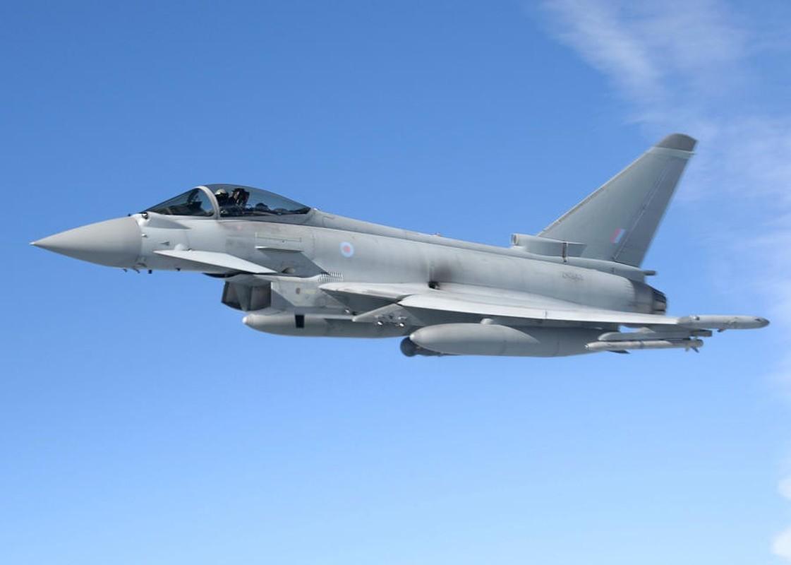 Bi S-400 o Syria khoa chat, may bay Eurofighter Typhoon NATO cong duoi bo chay?-Hinh-8