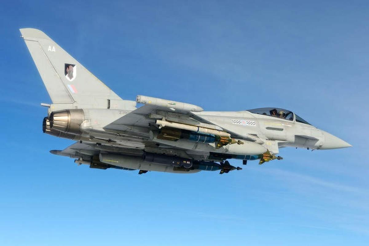 Bi S-400 o Syria khoa chat, may bay Eurofighter Typhoon NATO cong duoi bo chay?-Hinh-9