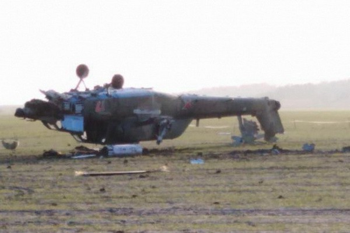 Truc thang Mi-28UB Nga gap nan: Vuong day dien cao the, roi up nguoc tan tanh-Hinh-3