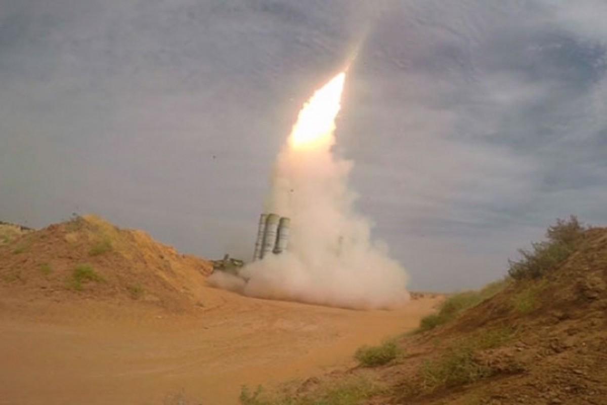 S-300 Syria ban ha tiem kich Israel: Nhieu chi tiet dang ngo!-Hinh-3