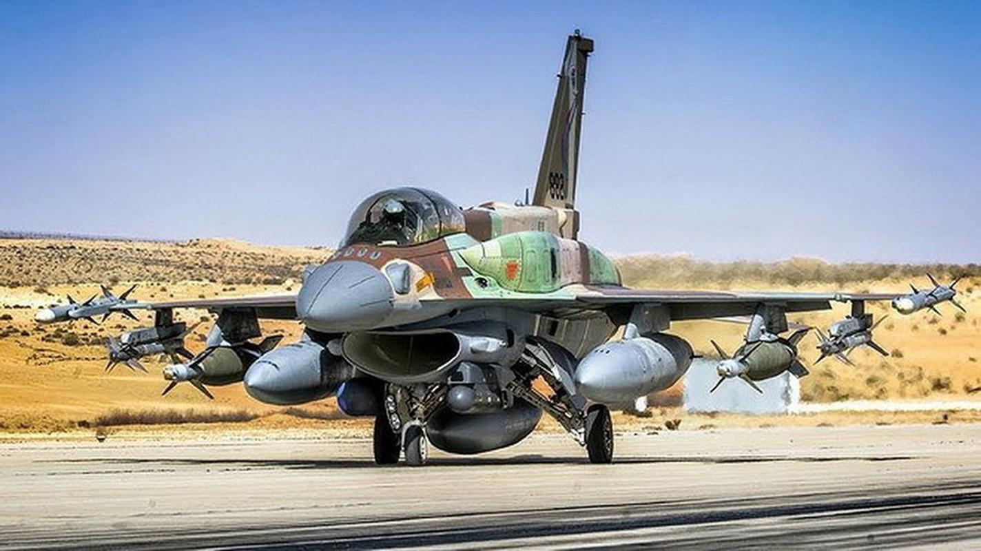 Bi S-300PM Syria de doa, tiem kich F-16 Israel bo chay thuc mang?-Hinh-3