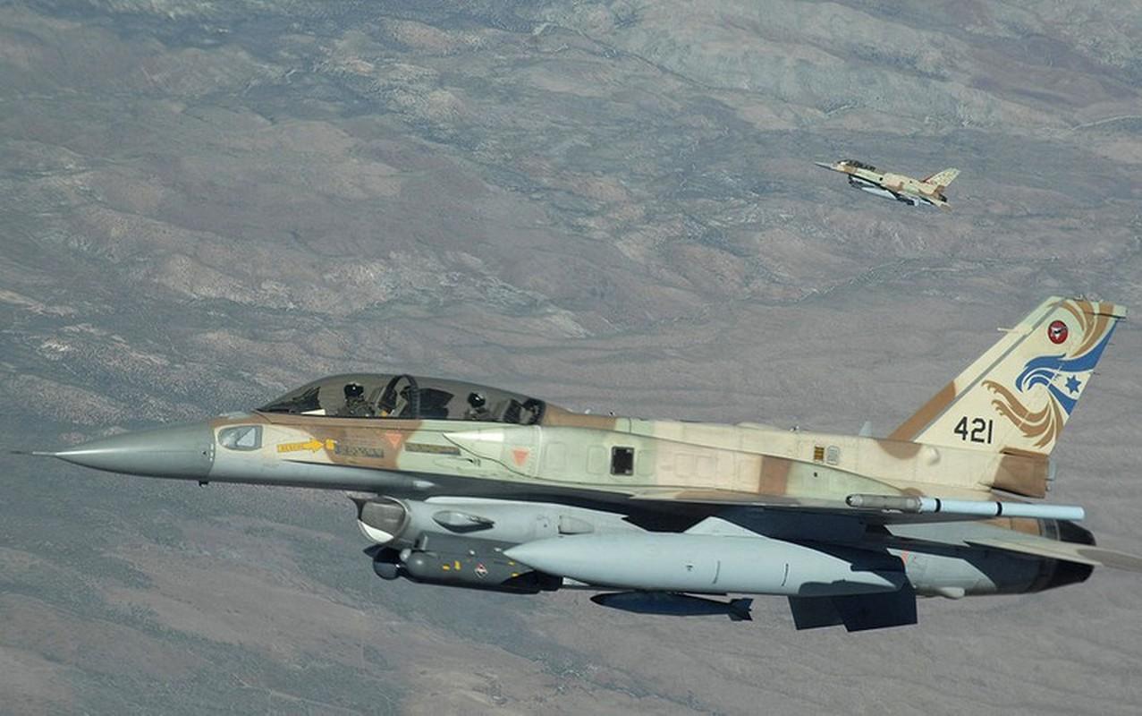 Bi S-300PM Syria de doa, tiem kich F-16 Israel bo chay thuc mang?-Hinh-7