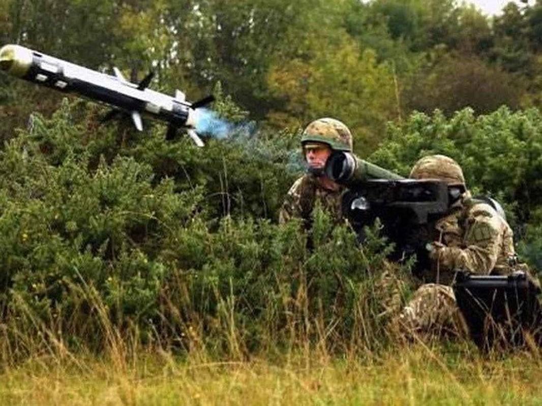Ukraine mua them lo ten lua chong tang Javelin moi tu My... Nga toat mo hoi hot-Hinh-15