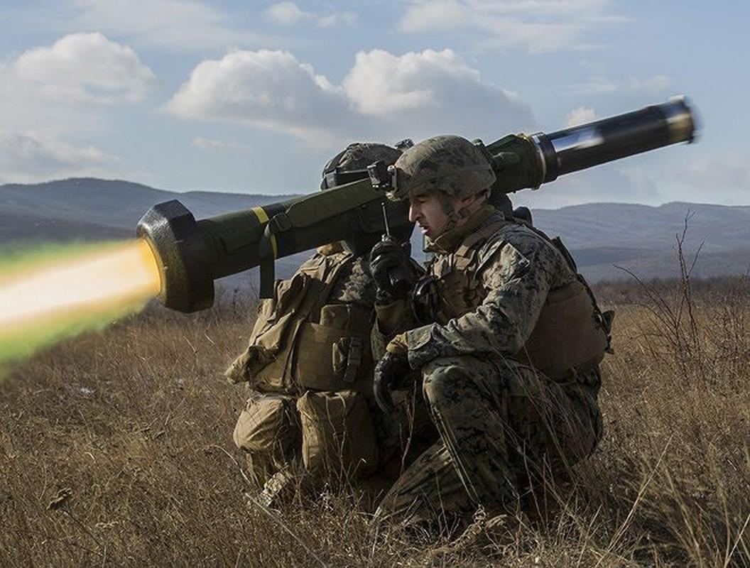 Ukraine mua them lo ten lua chong tang Javelin moi tu My... Nga toat mo hoi hot-Hinh-5